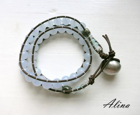 Wrap bracelet using ladder stitch